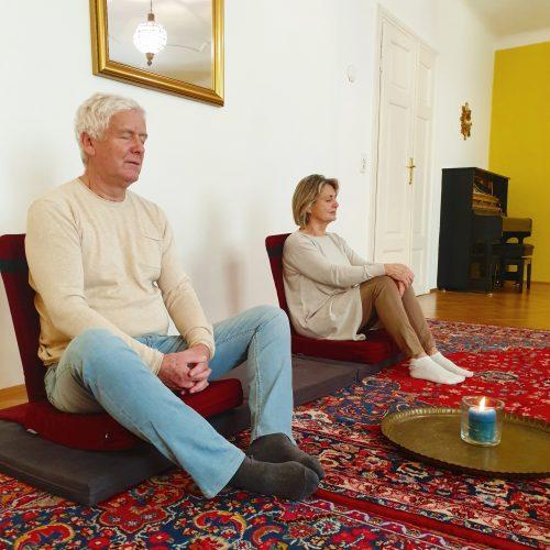 Meditationshaltungen sind individuell QU